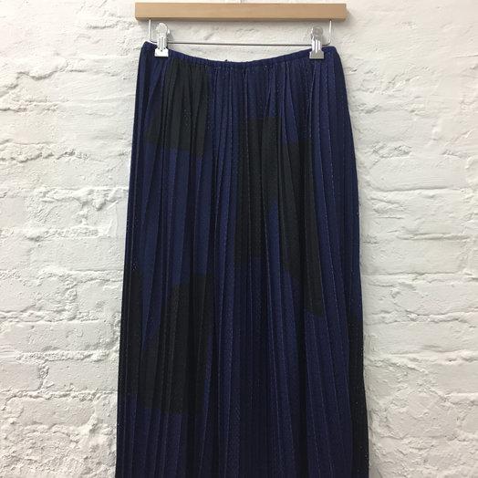 A Détacher Seraphine Skirt, Pleated Athletic Mesh Skirt with Elastic Waistband, Obsidian Print