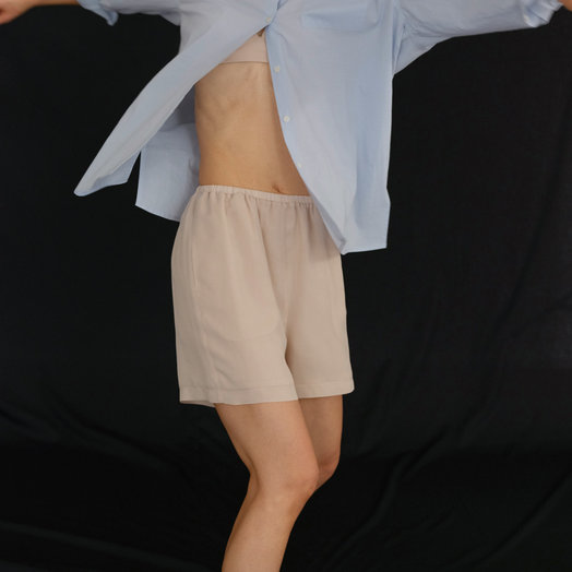 Amomento Silk Lined Boxer Shorts, Beige