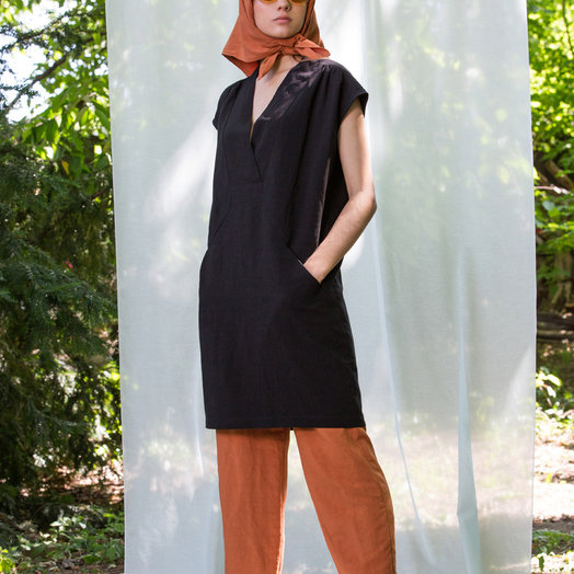 Eve Gravel Byblos Dress, Black