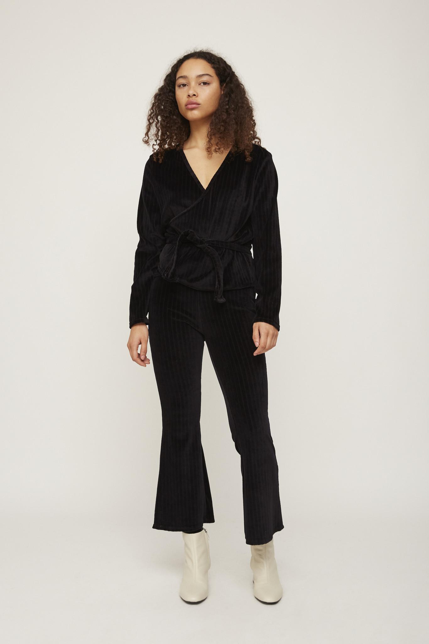 Rita Row Wrapshirt, Black
