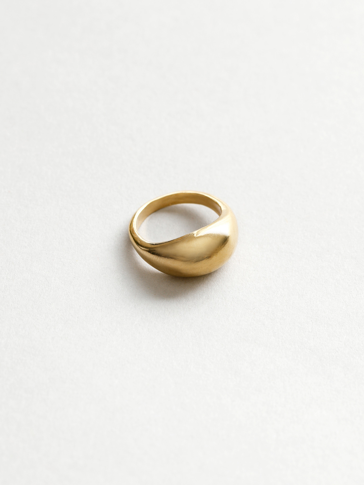 Wolf Circus Magnes Ring, Gold