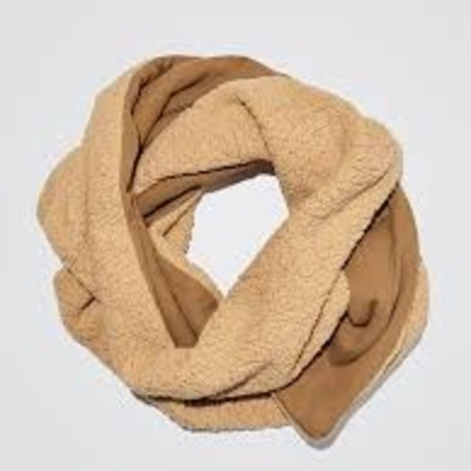 Donni Cozy Fierce Scarf, Camel