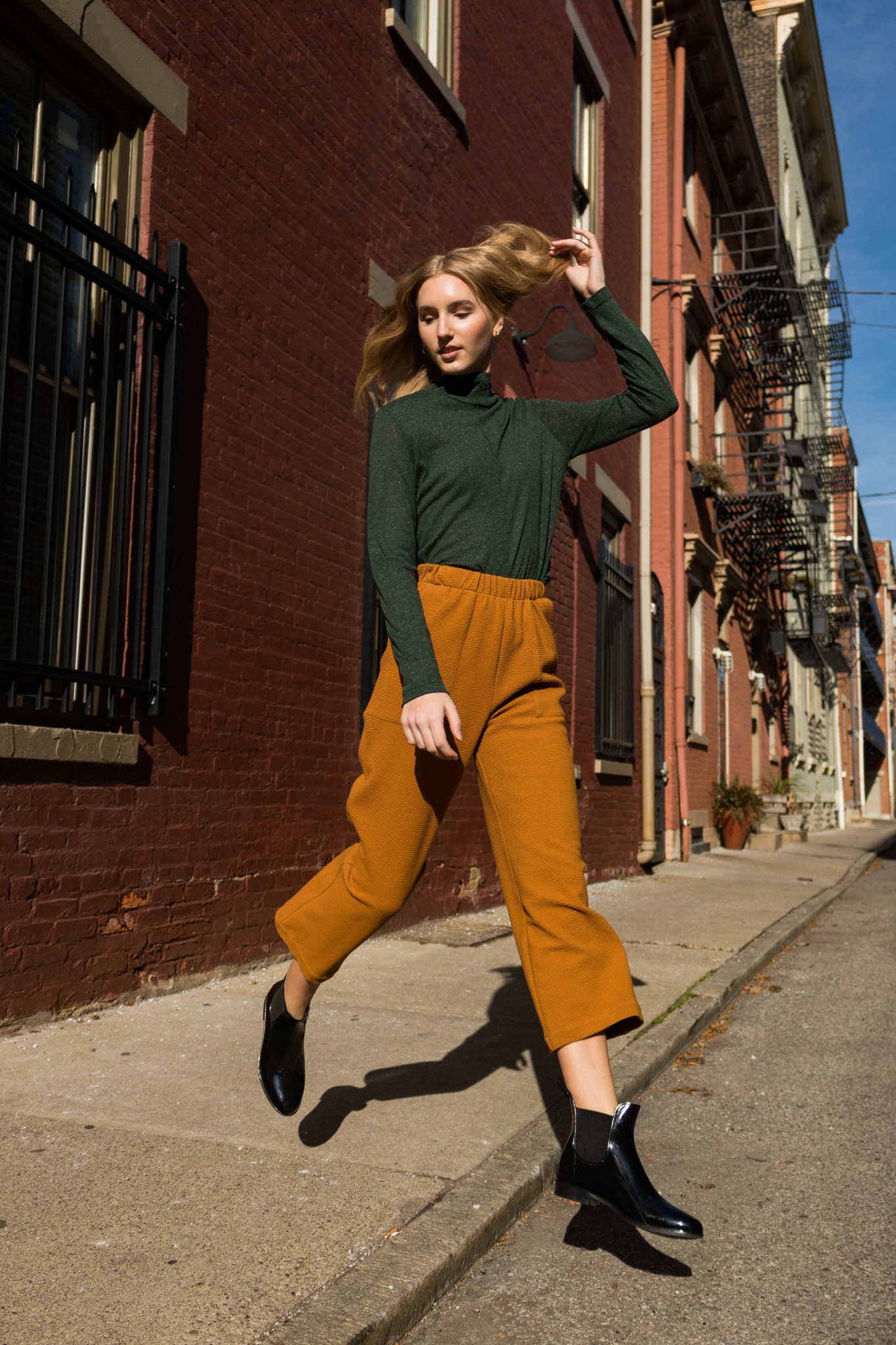 Eve Gravel Kano Pants, Ochre