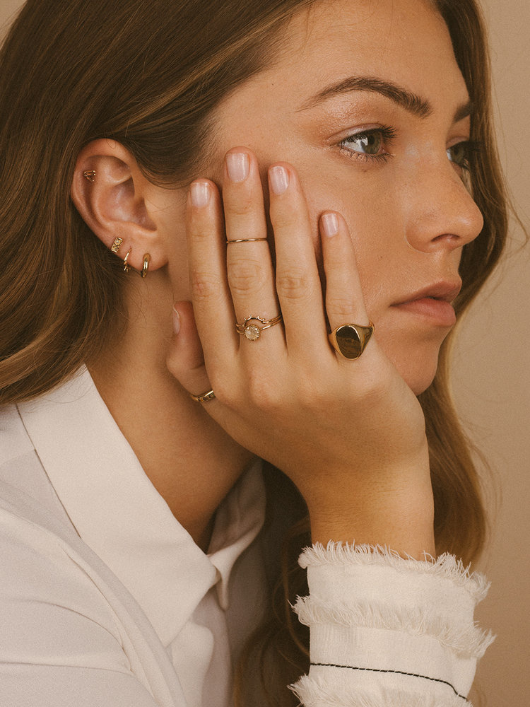 Merewif Rise Ring, solid 10 K gold