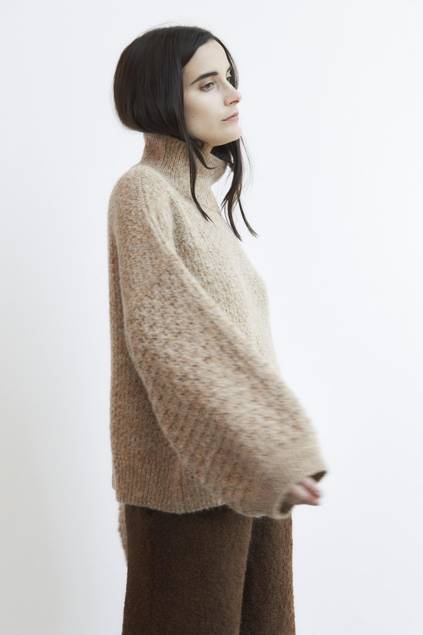 Wol Hide Tulip Sleeve Sweater, Wheat