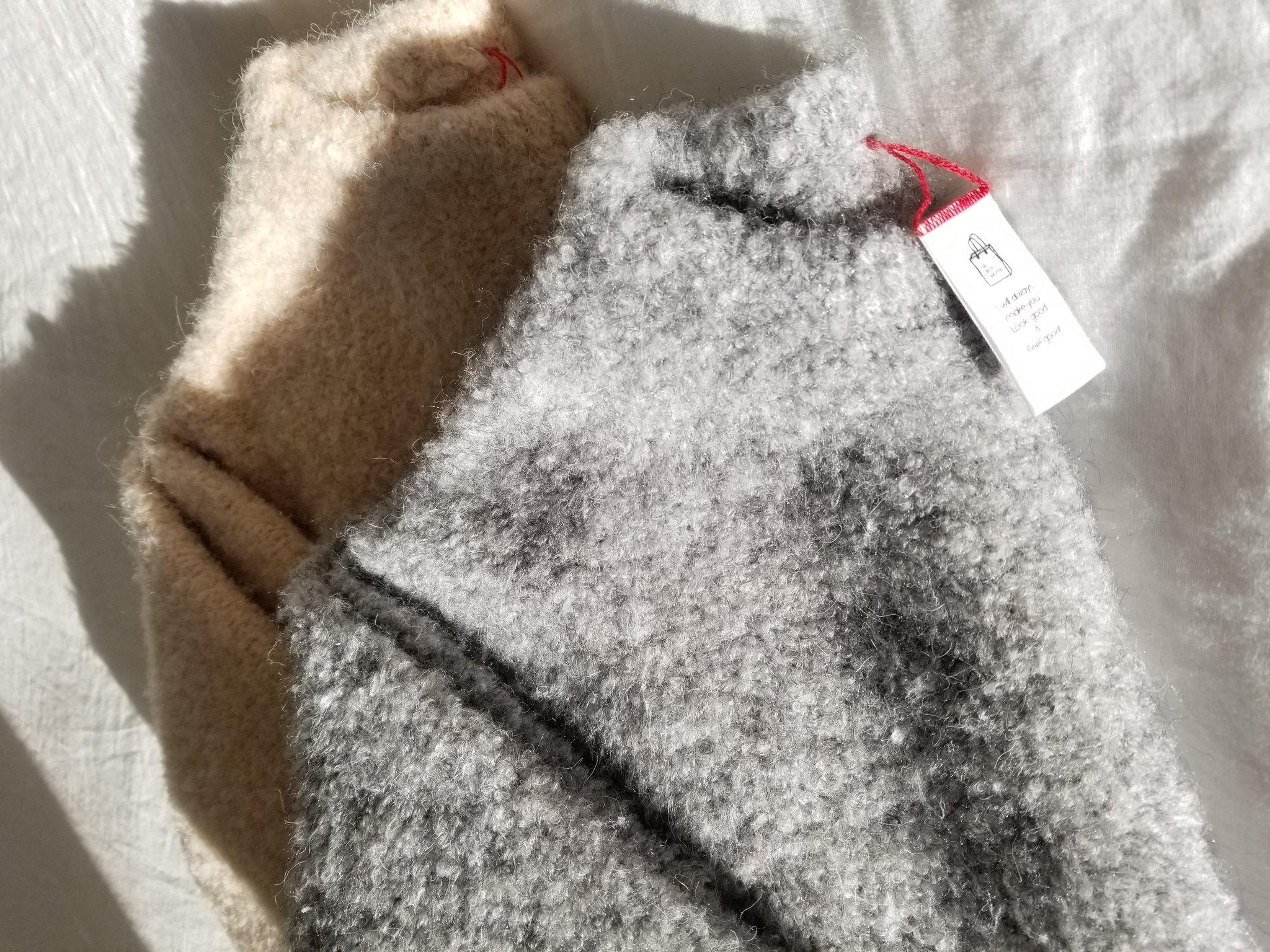 Le Bon Shoppe Envie Sweater, Heather Grey