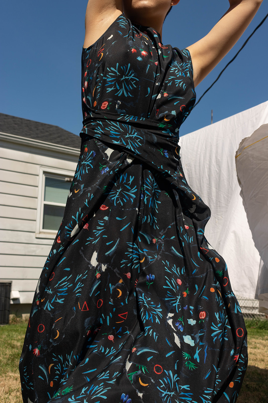 Anntian Dress, Easy Living, Print Garden Party Night One Size Fits All