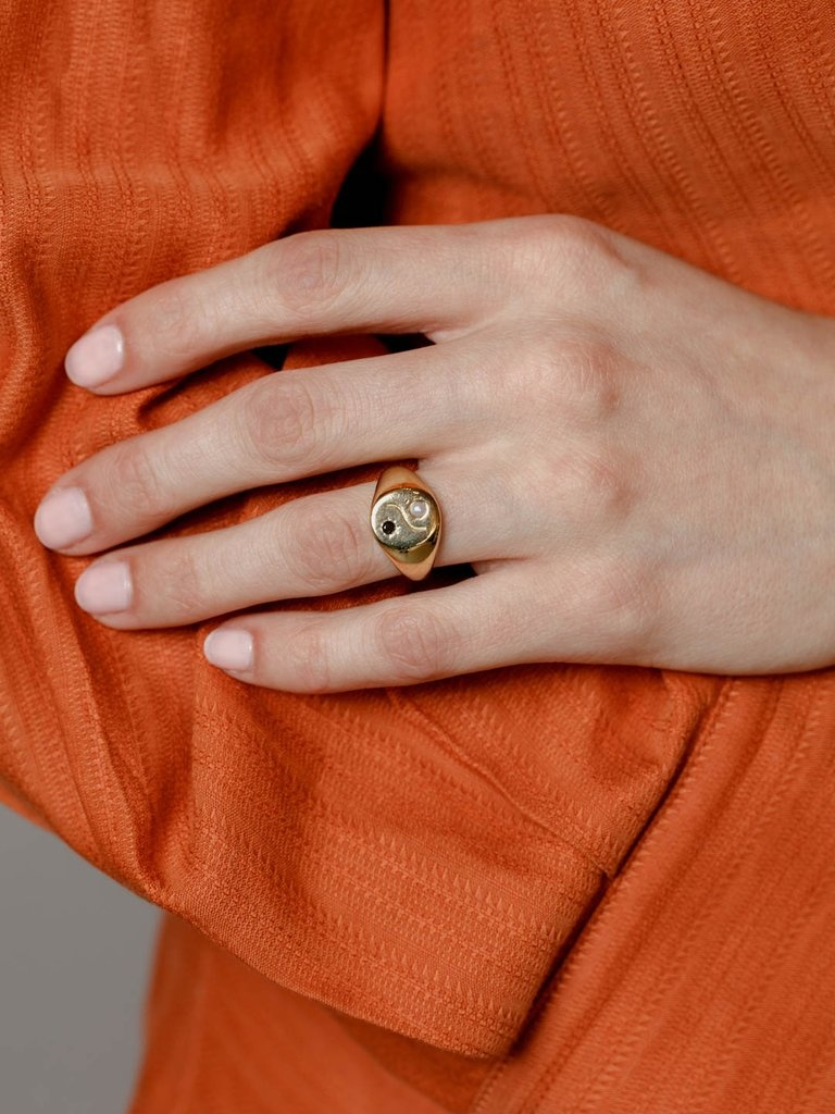Wolf Circus Astra Ring in Gold