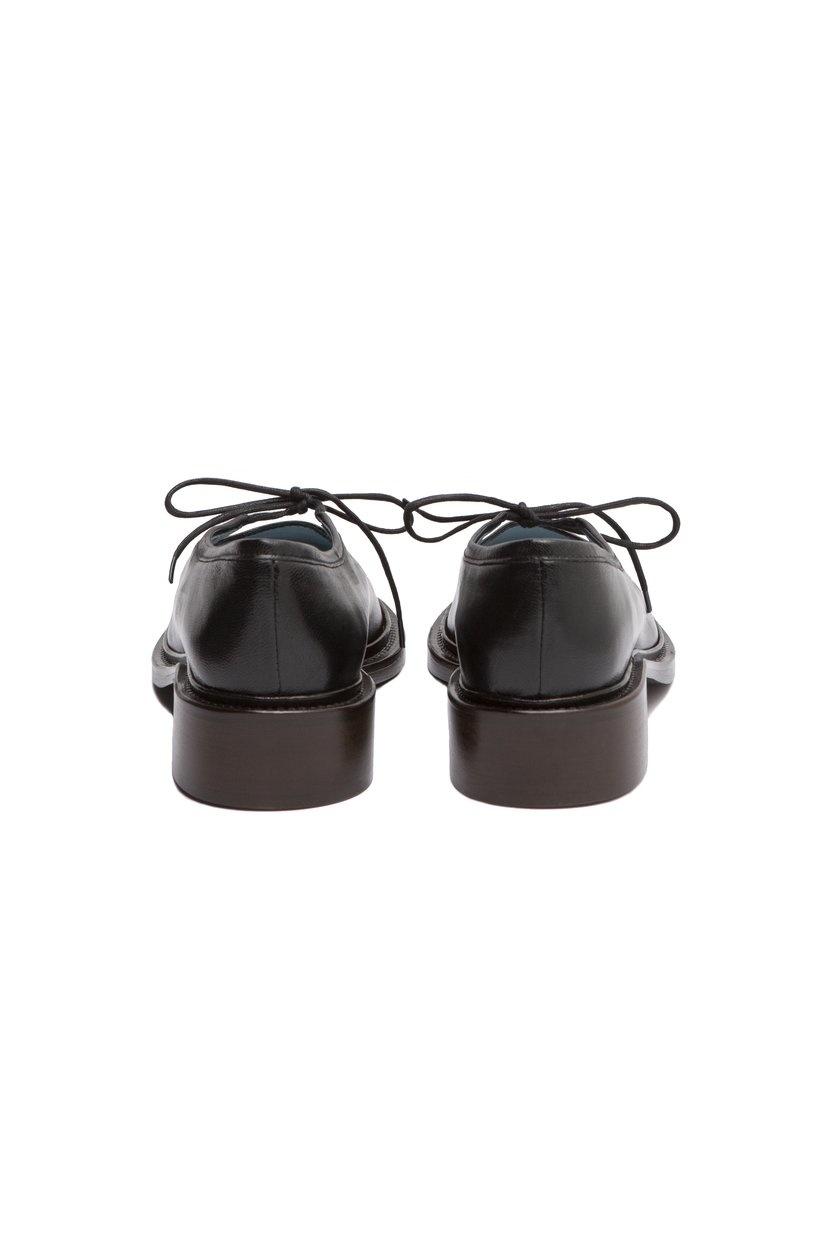 Nicole  Saldana Fabiana, Black Leather