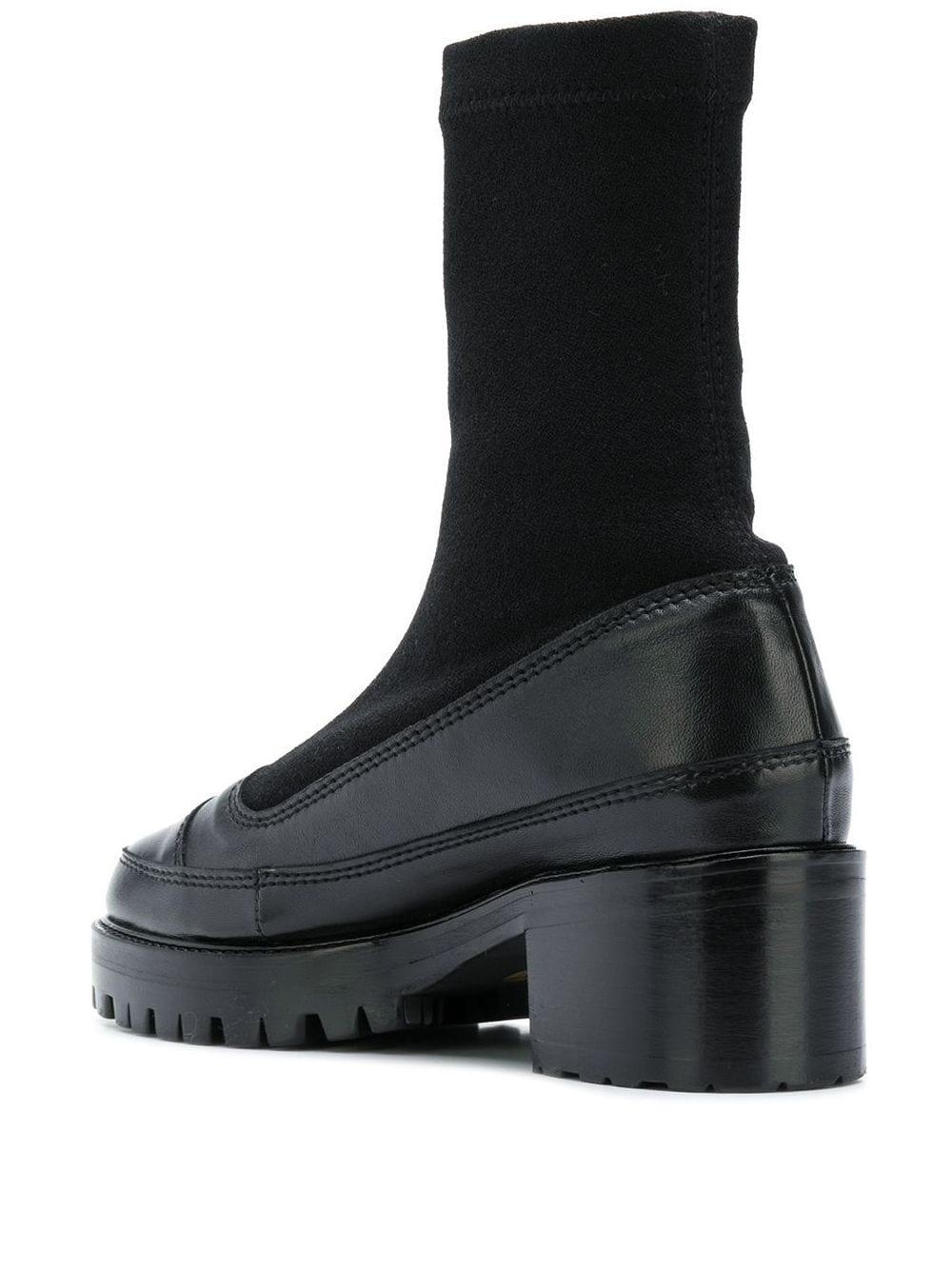 Nicole  Saldana Christina, Black Boots
