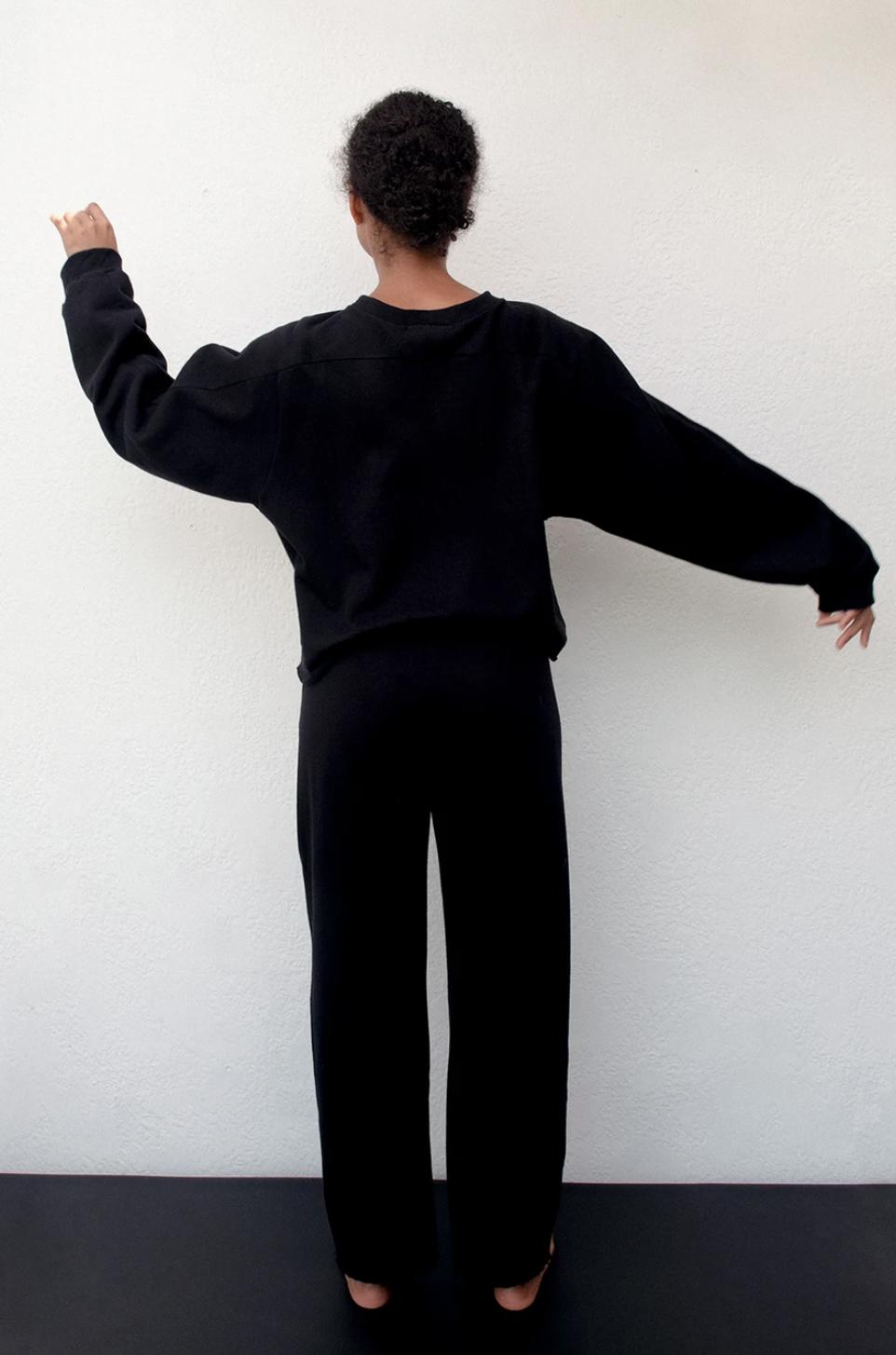 Wol Hide Easy Winter Sweatshirt, Black