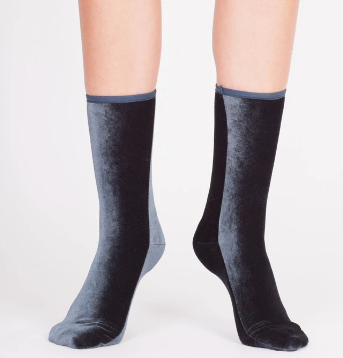 Wild Knottings Velvet Socks Anthracite