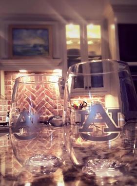 AU Go Vino 16 oz. Stemless Plastic Wineglass
