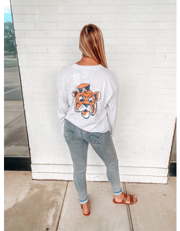 League AU Pocket with Big Aubie Head on Back Long Sleeve Crop T-Shirt