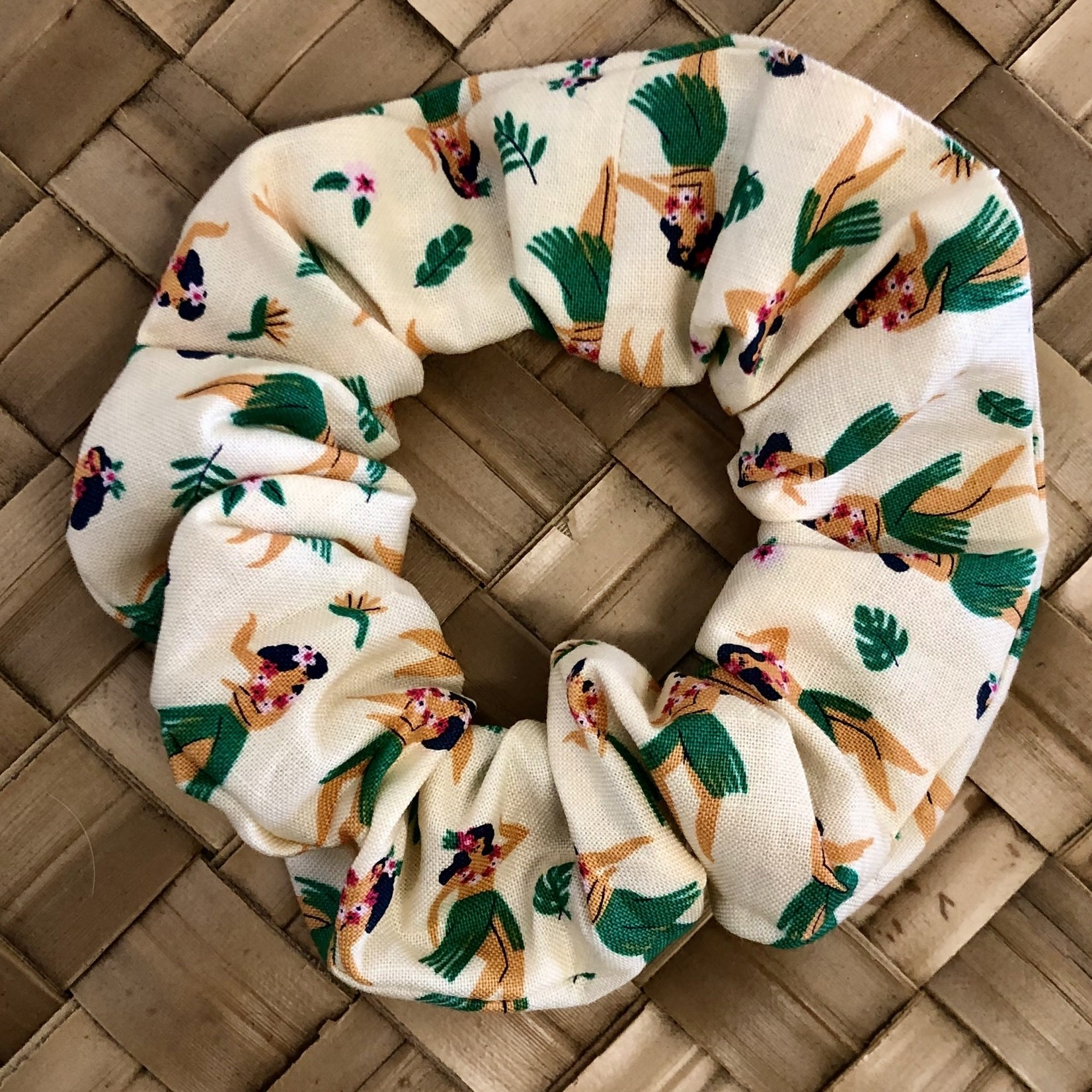 Apapane Designs Island Scrunchie