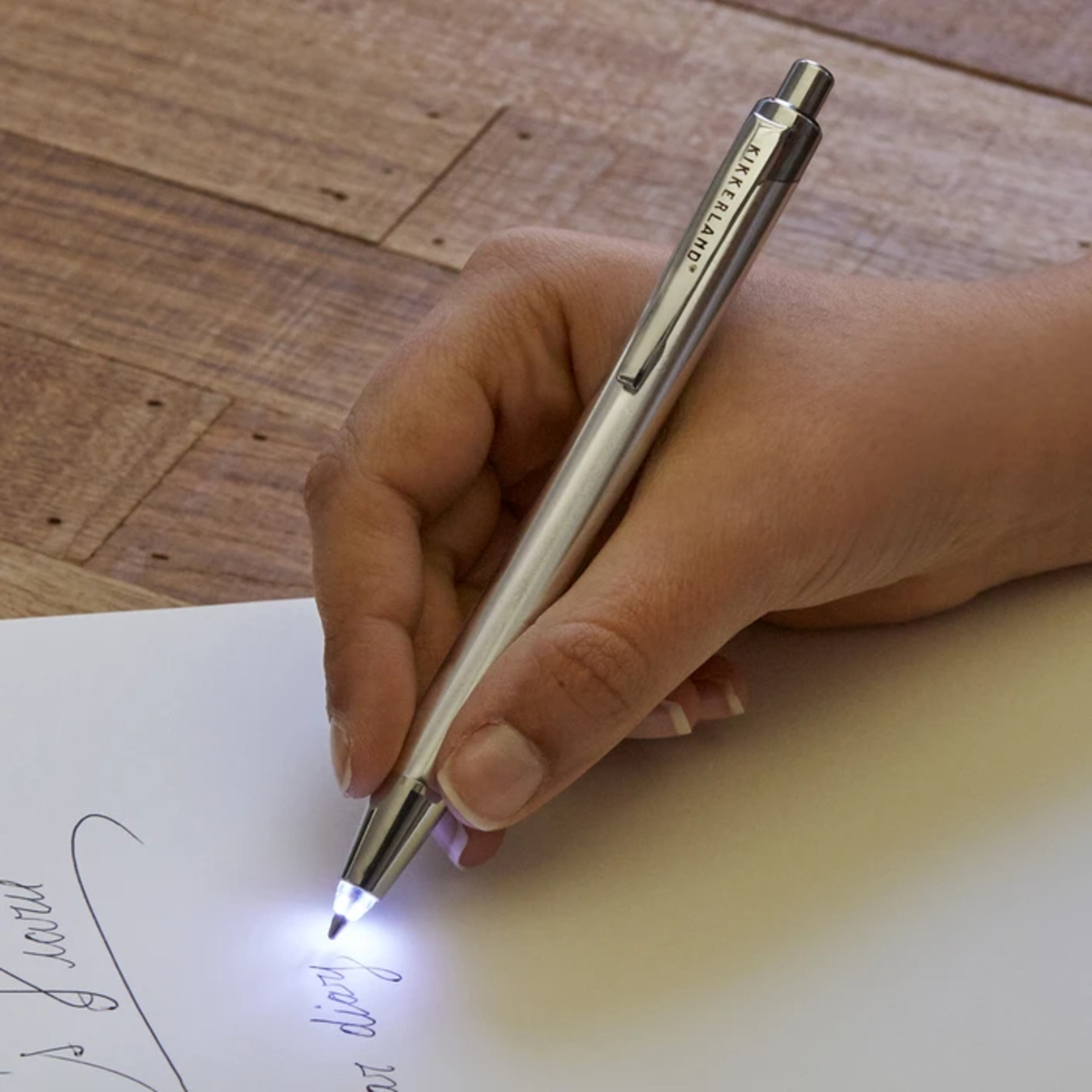 Kikkerland Flashlight Pen