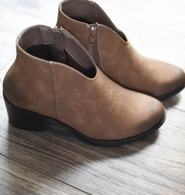 Taupe low front, size zip bootie