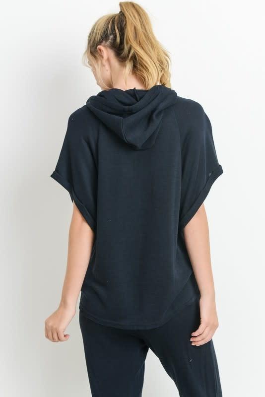 Short roll up sleeve hoodie