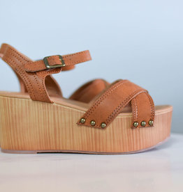 Warm taupe flatform wedge sandal