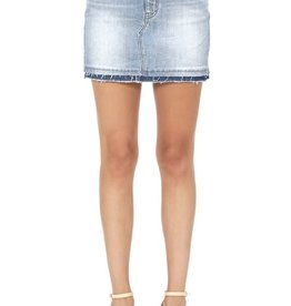 Lt wash high rise denim skirt w/frayed hem