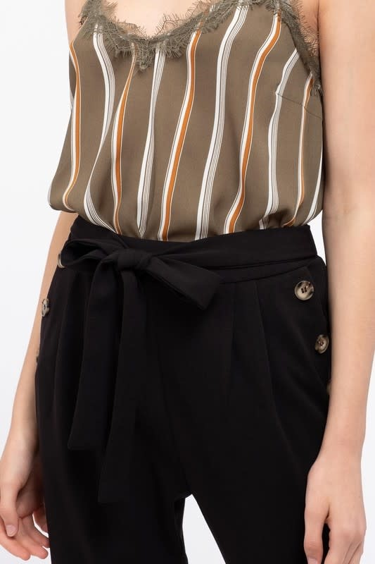 Black tie front cropped pants