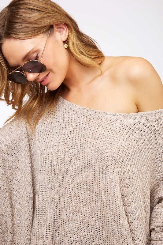 Loose low gage sweater top