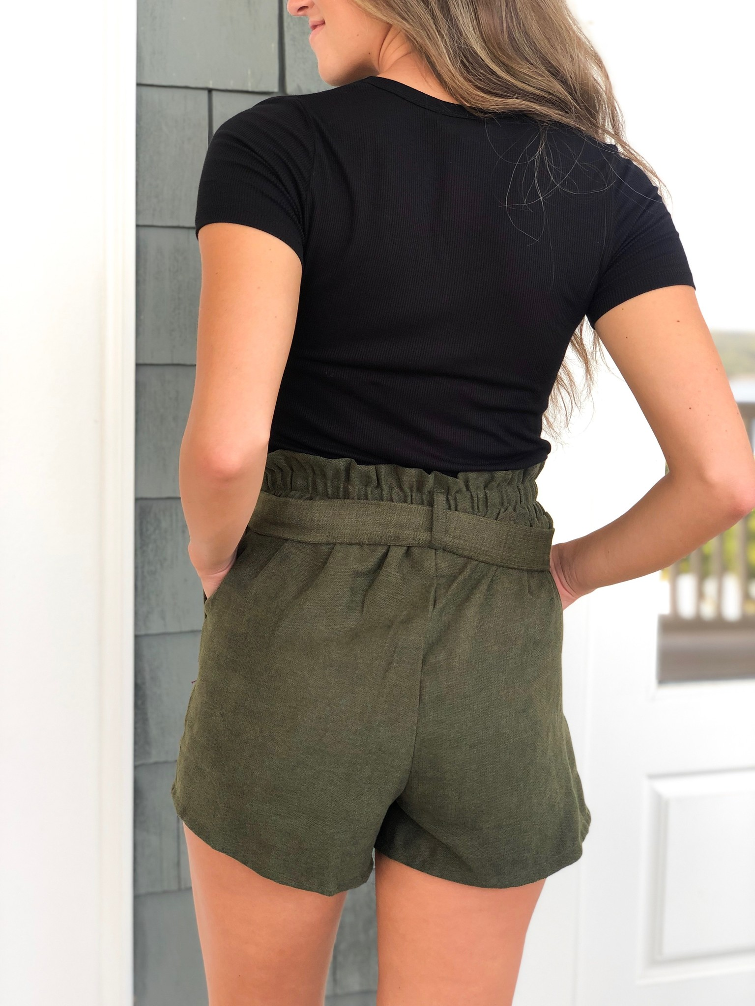 Paper bag shorts w/waist tie