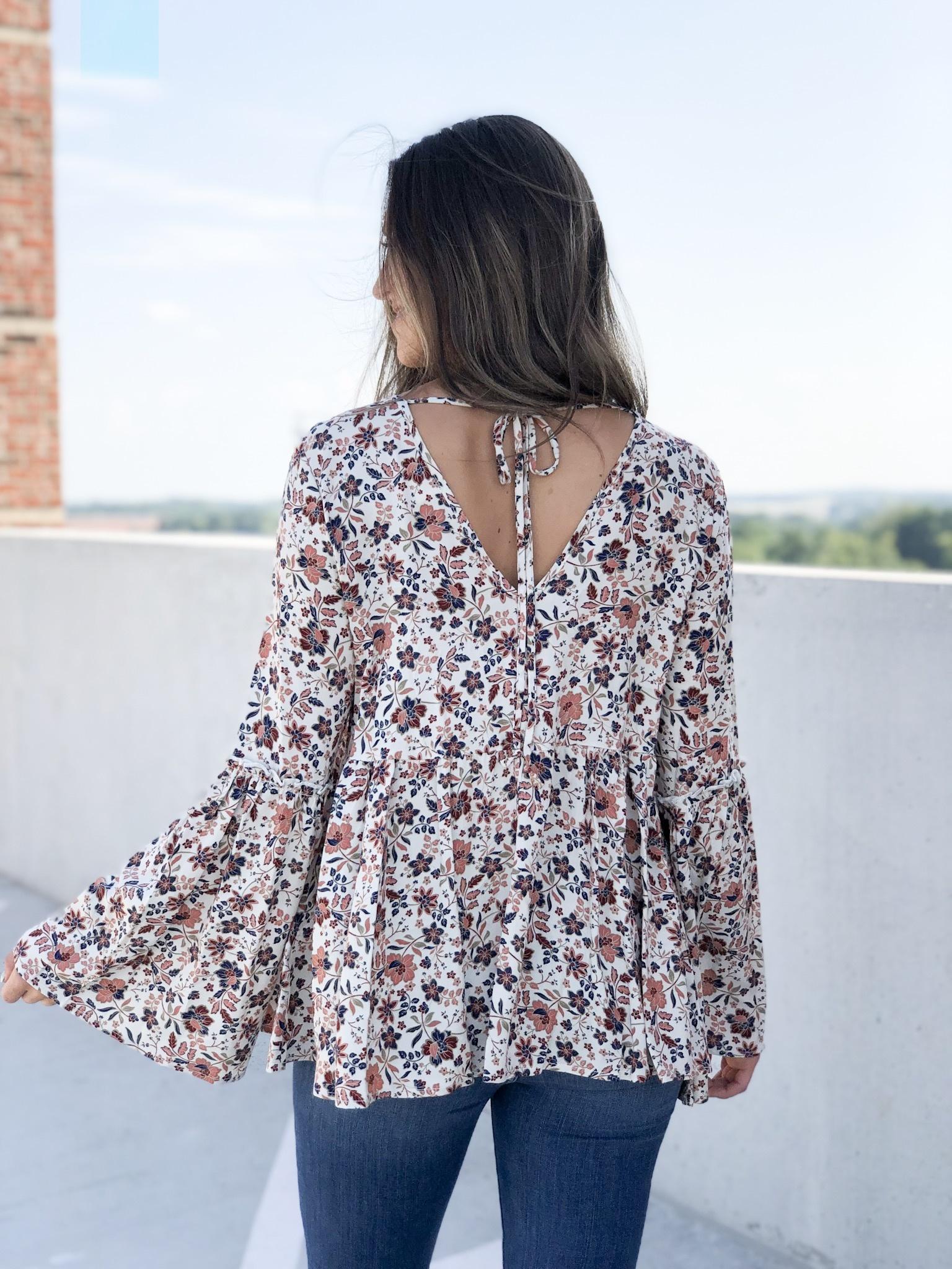 Cream & navy floral print top