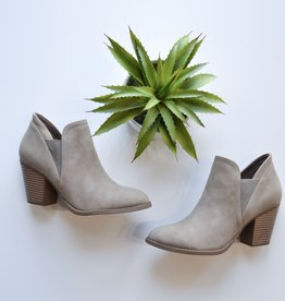 Lt taupe ankle bootie