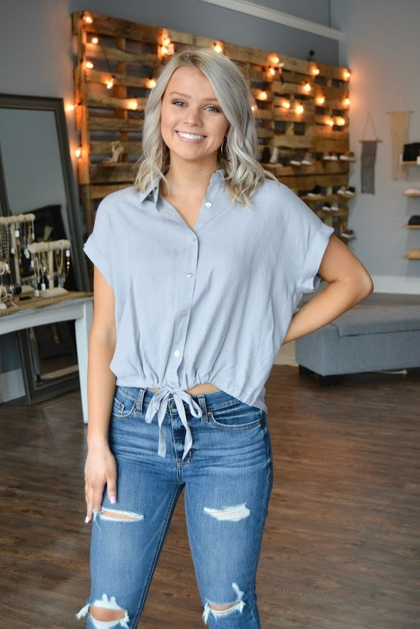 Grey ss button down tie front top