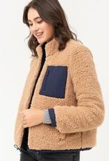 Camel sherpa jacket w/pocket detail