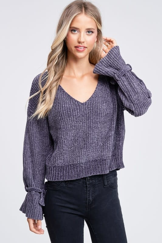 Chenille cropped sweater w/tie sleeves