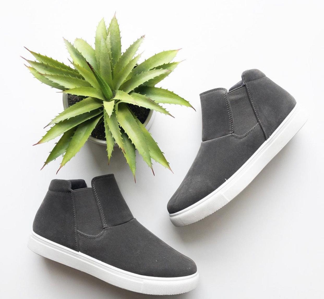 Hi top slip on sneaker