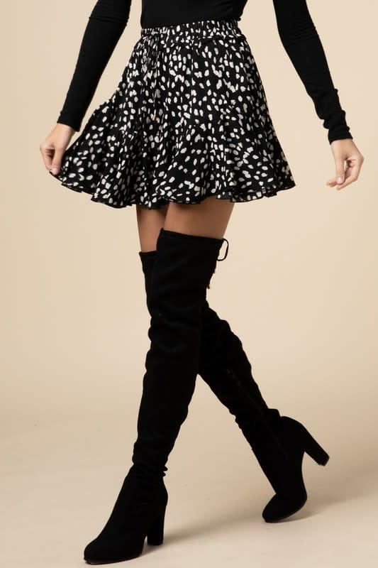 Black geometric print ruffle skirt