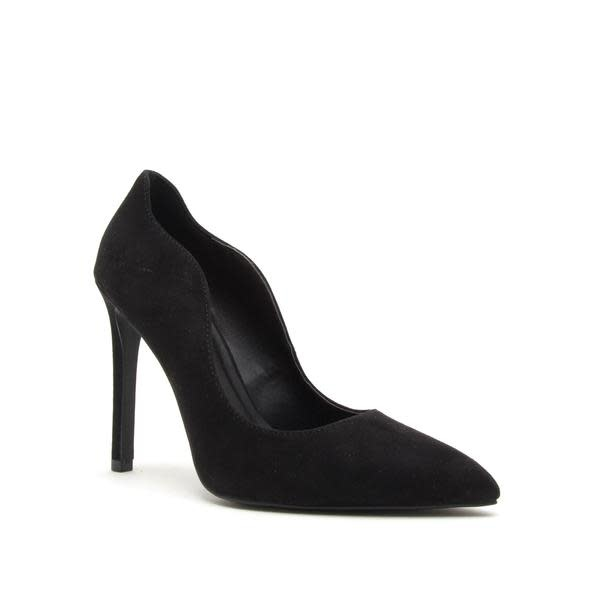 Black scalloped edge suede pumps