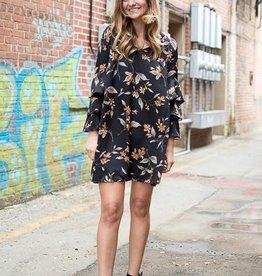 Black and gold print dress w/ruffle sleeve