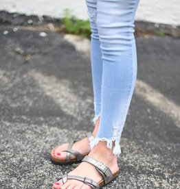 Pewter strappy toe ring sandal