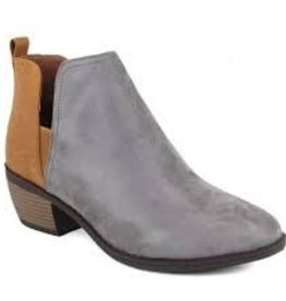 Grey & tan combo pull on bootie