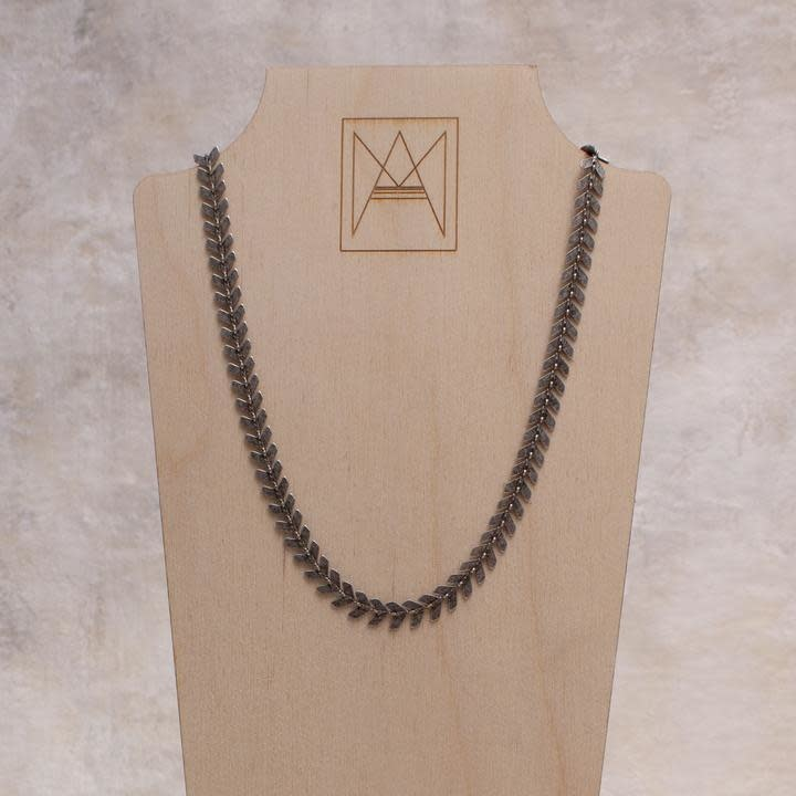 Amy Margaret Harper Chevron Chain Choker, Silver