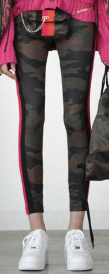 Pam & Gela Camo Leggings