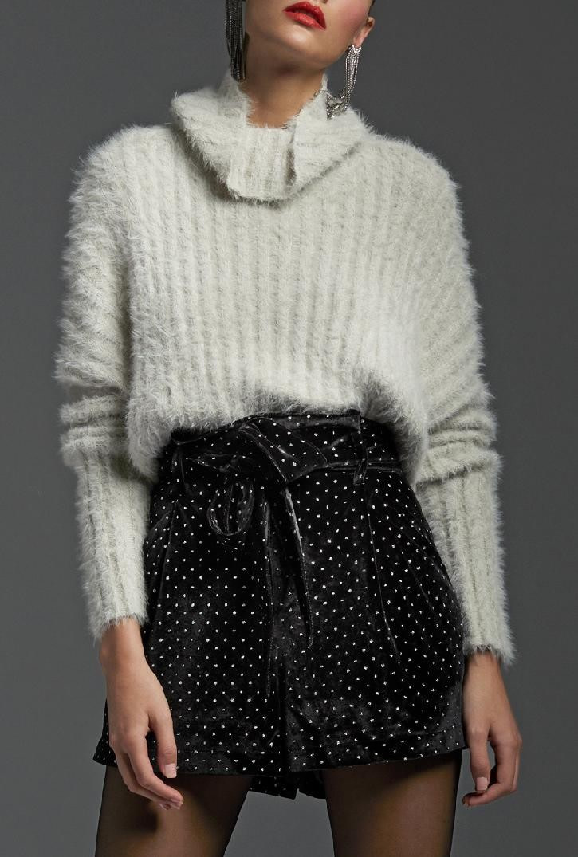 Sen Hairy Yarn Fluufy High Neck Sweater