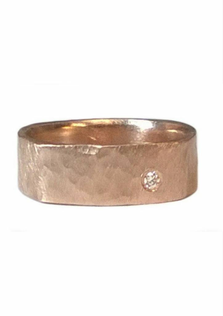 Julez Bryant Refe 14k Square Hammered Band
