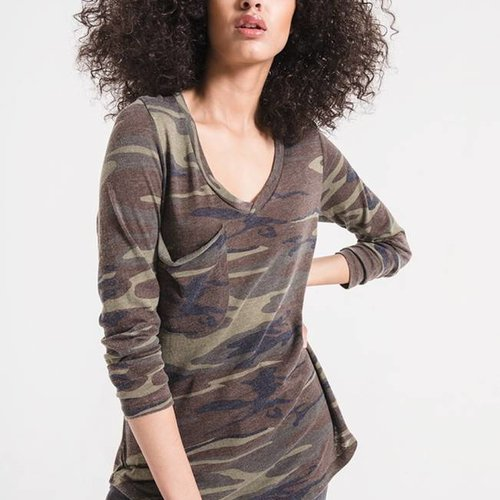 Z SUPPLY The Camo Long Sleeve Pocket Tee