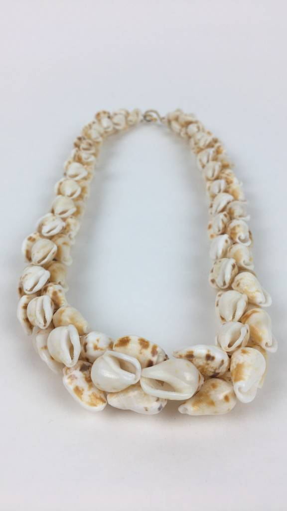 "Niʻihau Alilea 19"" (Pikake Style Necklace)"