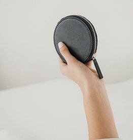 Circle Wallet - Black