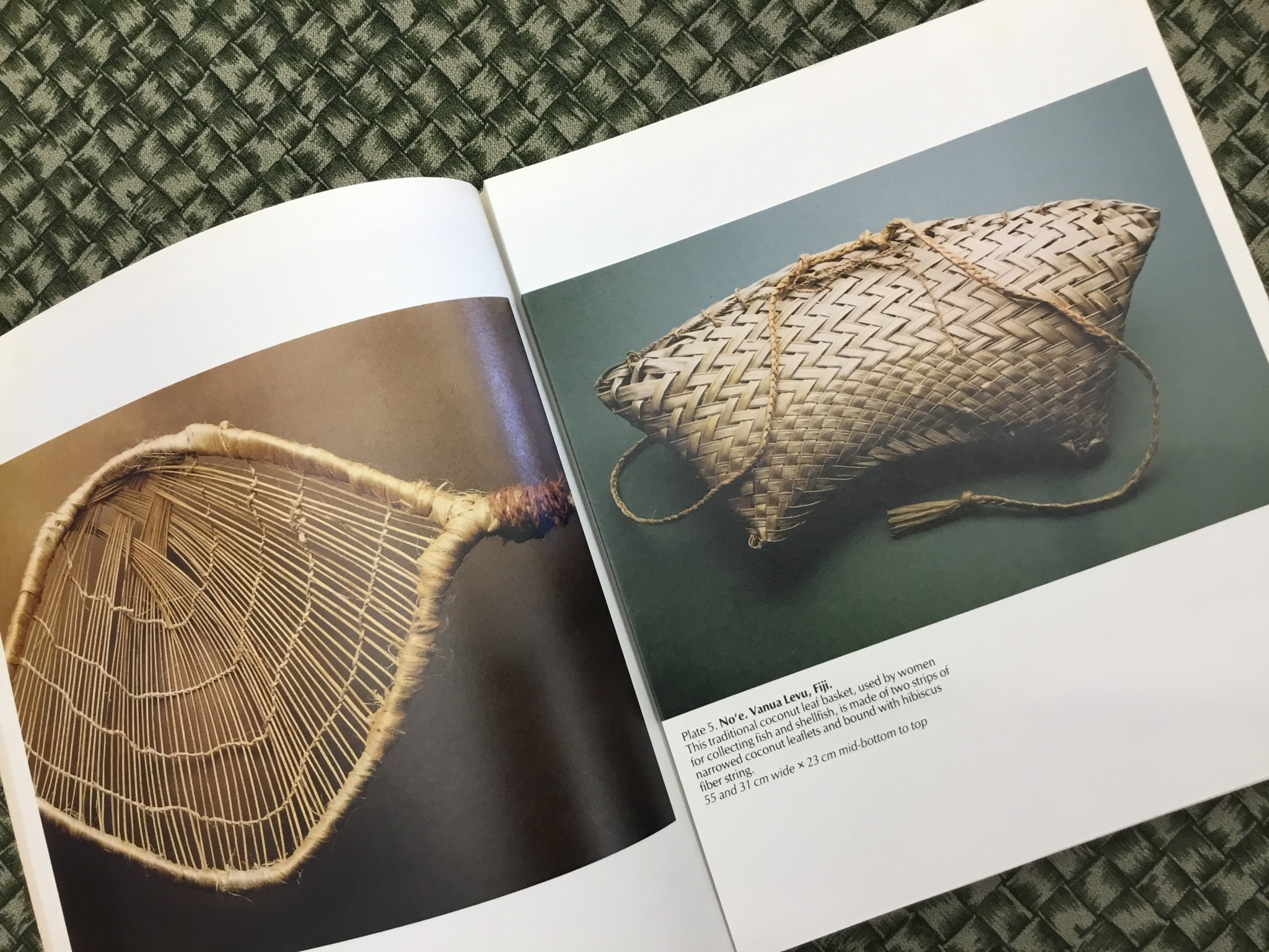 BASKETS IN POLYNESIA BOOK