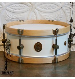 A&F Drum Co Caisse claire A&F Field Maple Antique White 14X5.5po