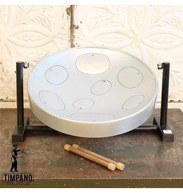 Panyard inc Steel Drum Panyard sur table