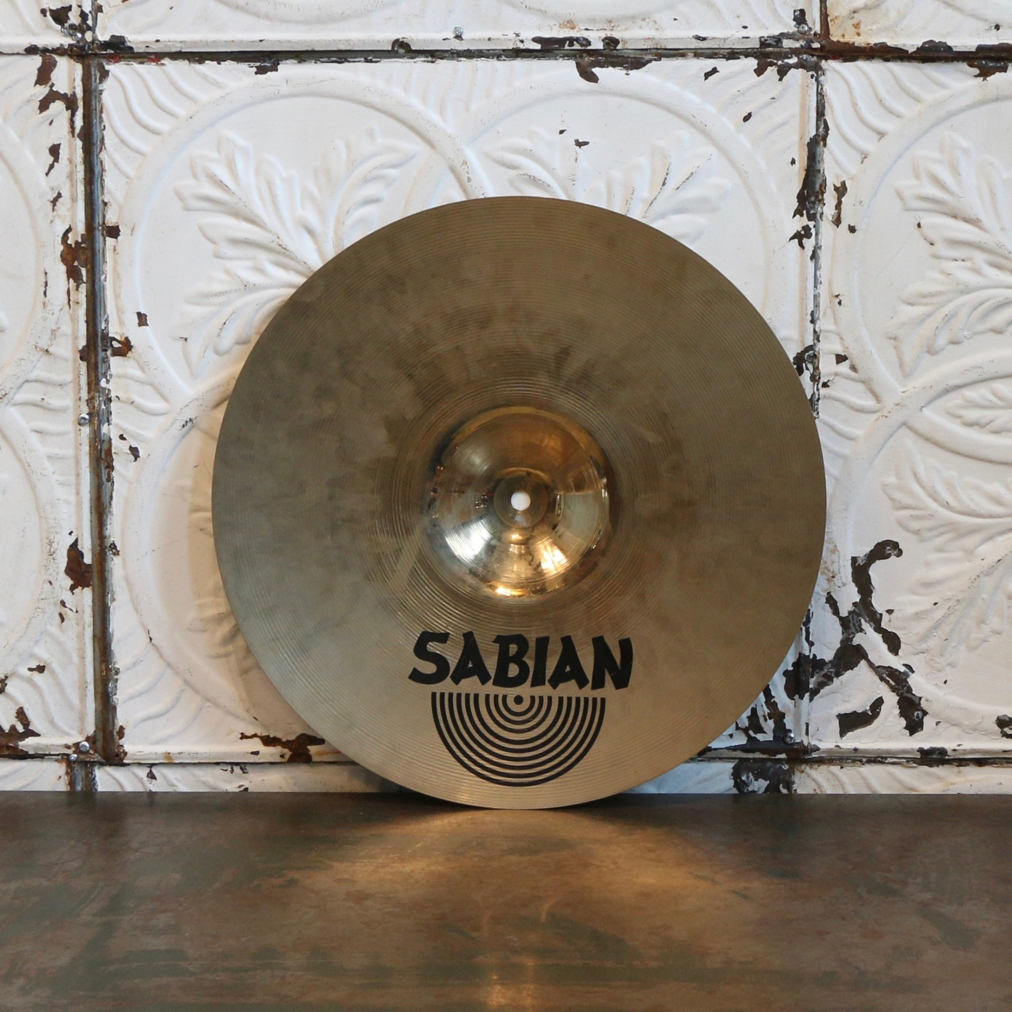 Sabian Cymbale crash usagée Sabian AAX Stage 16po