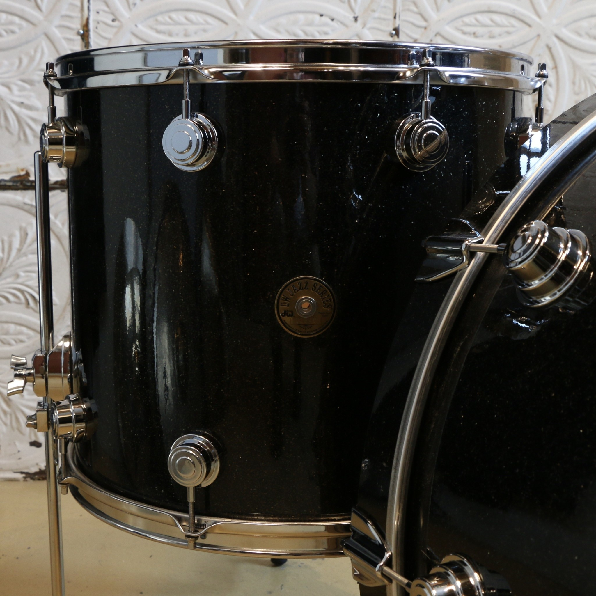 DW Used DW Jazz Series 24-13-16 with maple gum shells